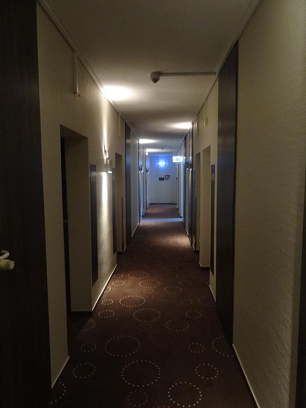 Hotellin käytävältä.